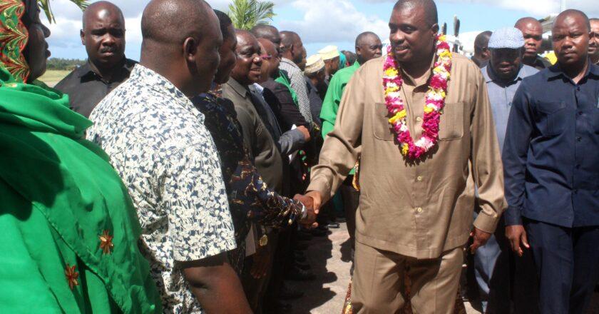 Makamo wa Rais wa Zanzibar atua Pemba.