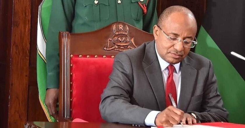 Rais wa Zanzibar na Mwenyekiti wa Baraza la Mapinduzi Mhe.Dk.Hussein Ali Mwinyi Amefanya Uteuzi wa Makatibu Wakuu.