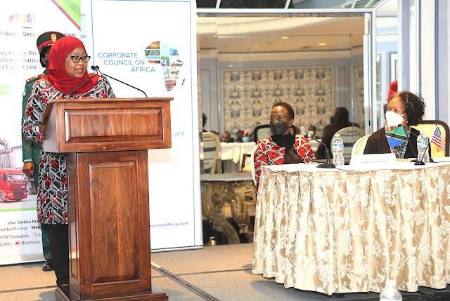 Rais wa Jamhuri ya Muungano wa Tanzania Mhe.Samia Suluhu Hassan Azungumza na Jukwaa la Wafanya Biashara Kati ya Tanzania na Marekani.